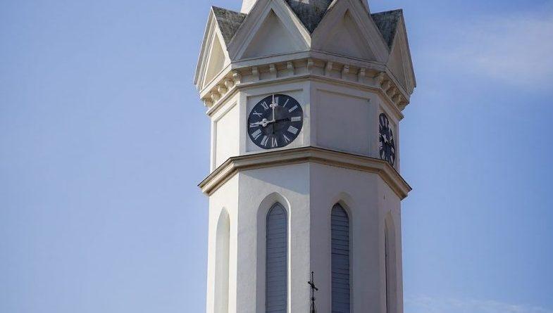 Kirchturm in Mörbisch